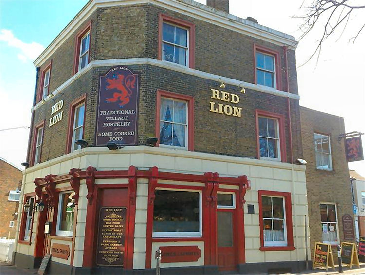 Red-Lion-St-Peters
